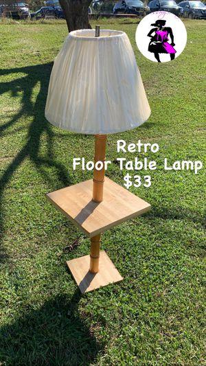 "Floor Table Lamp 50"" for Sale in Douglasville, GA"
