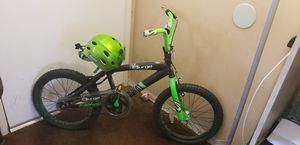 NEXT surge Boy BMX bike black green for Sale in Los Angeles, CA