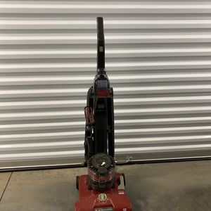 Hoover wind tunnel Vacuum for Sale in Morrisville, NC