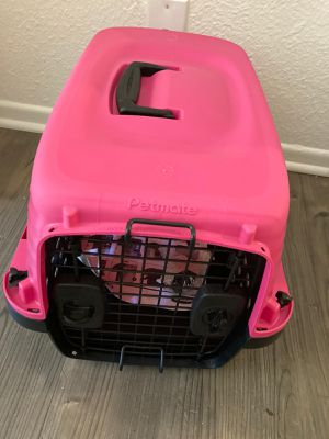 Dogs stuff/ stroller and box for Sale in Los Angeles, CA