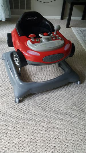 Walker for baby 2 in 1 good condition for Sale in Herndon, VA