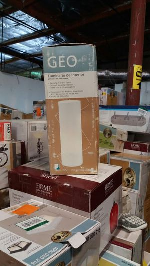 Geo white glass indoor table lamp for Sale in Phoenix, AZ
