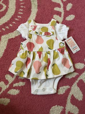 Newborn baby girl clothes & diapers! for Sale in Garland, TX