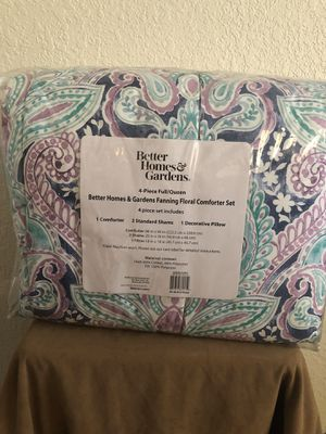 Queen size comforter set for Sale in Stockton, CA
