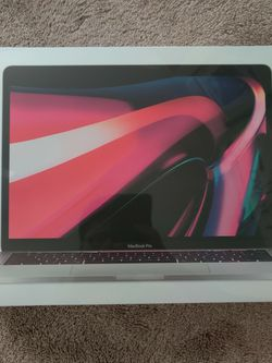 New Apple MacBook Pro with Apple M1 Chip (13-inch, 8GB RAM, 512GB SSD Storage) - Silver (Latest Model) for Sale in Bellevue,  WA