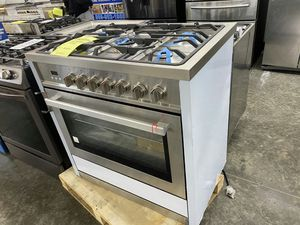 Cosmo 36 in Single Oven Gas Range with 5 Burner Cooktop for Sale in Corona, CA