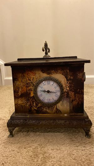 Antique Clock for Sale in Clarksburg, MD