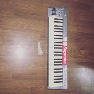 M AUDIO PIANO KEYBOARD for Sale in Orange, CT