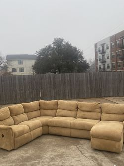 4 Piece U-Shaped Modern Tan Microfiber La-Z-Boy Sectional with Recliner and Chaise for Sale in Fort Worth, TX