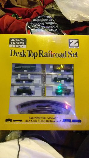 New Micro-Trains DeskTop Electric Railroad Set With Track Z Scale for Sale in Pelzer, SC