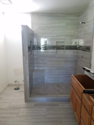 INSTALLATION SHOWER for Sale in San Diego, CA