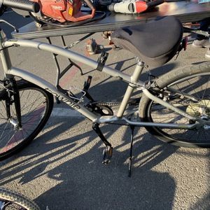 Townie Electra 26 in Cruiser for Sale in Modesto, CA