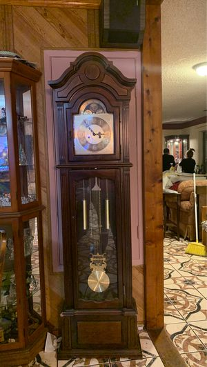 Wind up grandfather clock for Sale in Pinole, CA