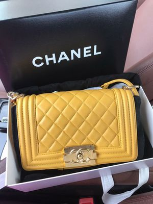 CHANEL BAG box and Receipt real no FAKE BAGS for Sale in Philadelphia, PA