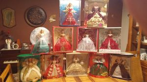 Lot of 11 Holiday Barbie Dolls for Sale in Pataskala, OH