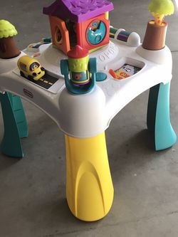 Kids Toy Table for Sale in Ripon,  CA
