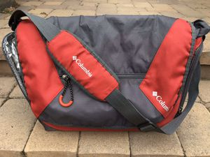 Columbia Messenger bag for Sale in Lakewood, CA