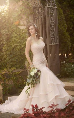 Wedding Dress NEW WITH TAGS for Sale in Poway, CA