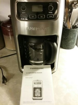 Farberware coffee maker for Sale in MIDDLEBRG HTS, OH