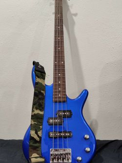 Ibanez gsrm20 Short Scale Bass Guitar for Sale in Ontario,  CA