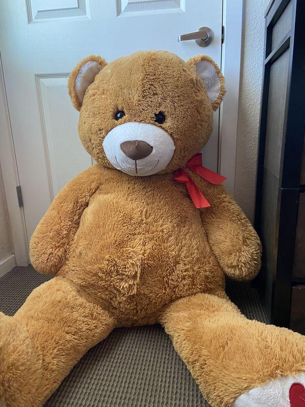 Giant size teddy bear