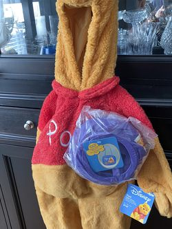 Disney Winnie The Pooh 3t-4t Costume And Spring Pail New! for Sale in Lithia,  FL