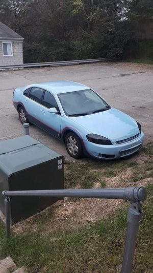 06 custom paint Chevy Impala for Sale in Pittsburgh, PA