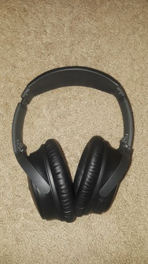 Bose headphones for Sale in Finleyville, PA
