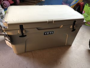 Brand new Yeti Tundra 65 cooler for Sale in Pittsburgh, PA
