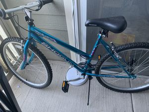 Bicycle Kent - GS52677 read description first for Sale in Clifton, VA