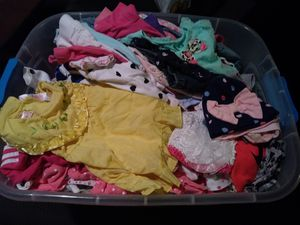 Baby girl clothes size 0-3months for Sale in Tampa, FL