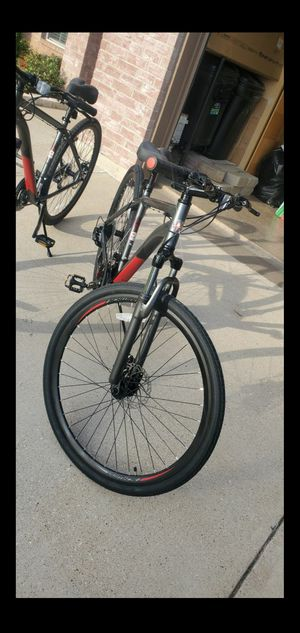 Schwinn DSB Hybrid Bike, 700c wheels, 21 speeds, mens frame, grey for Sale in Grand Prairie, TX