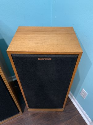 Klipsch Forte II , originals HIFI speakers in perfect conditions . If you see the add is still for sale for Sale in VLG WELLINGTN, FL