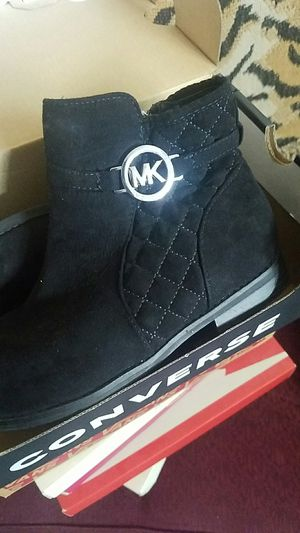 Michael kors size 1 for Sale in Ontario, CA