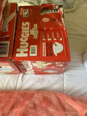 Brand new diapers (huggies) for Sale in Fontana, CA