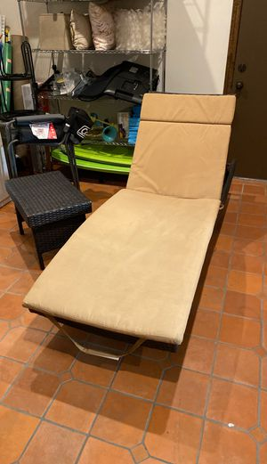 Outdoor Patio Lounge Set (2x Lounges + 1 Coffee Table) for Sale in Los Angeles, CA