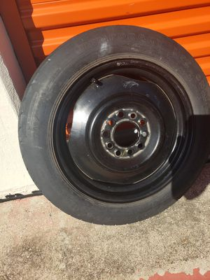Universal lug Boat trailer spare (16) for Sale in Dallas, TX
