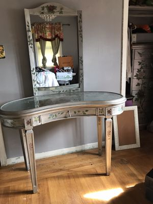 Vanity for Sale in Hayward, CA