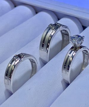 10k white gold wedding ring made in Italy ( item#MMR03) for Sale in Dallas, TX