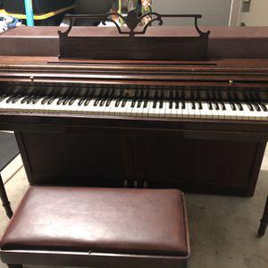 Wurlitzer Piano- Great Condition for Sale in Arroyo Grande, CA