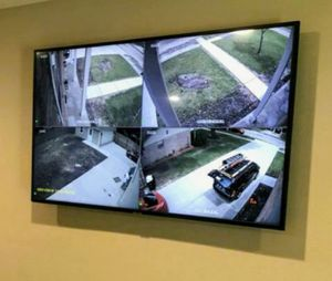 4-HOME AND BUSINESS SECURITY CAMERAS-HABLAMOS ESPANOL for Sale in Lewisville, TX