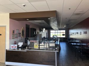 Selling a commercial sneezeguard for a restaurant for Sale in Fresno, CA