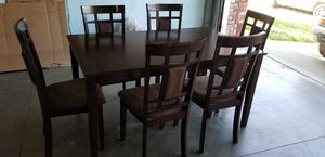 6 chairs dining table for Sale in Elk Grove, CA