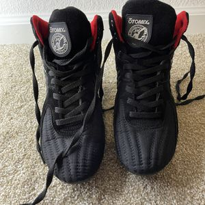 Otomix Women's Weightlifting Shoes for Sale in Gilroy, CA