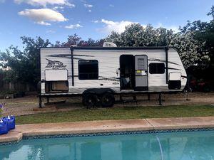2018 Jayco Jay Flight SLX 232 RBW Baja/Rocky Mountain Edition for Sale in Scottsdale, AZ