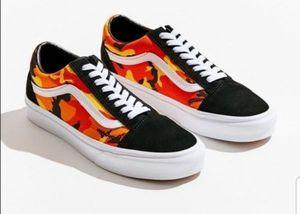 New Men's VANS Old Skool Camo PoP Skate Shoes Sz 12 for Sale in San Bernardino, CA