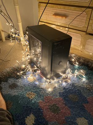 Desktop computer for Sale in Fort Myers, FL
