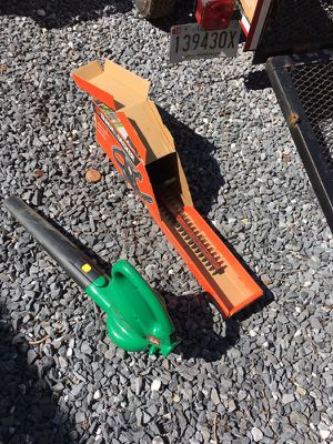Blower & hedge trimmer for Sale in Poolesville, MD