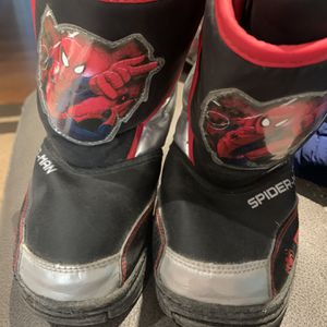 Size 9-10 Toddler Spider-Man Snow Boots for Sale in Silver Spring, MD