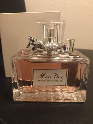 Miss Dior women's fragrance 3.4 for Sale in Los Angeles, CA